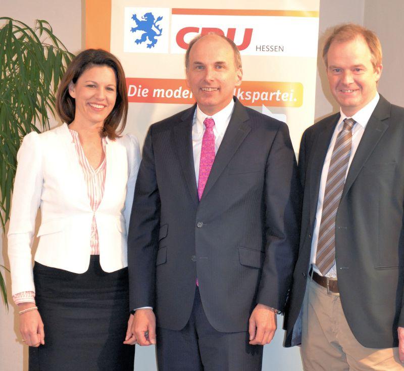Dr. Katja Leikert, Dr. Axel Rahmel und Johannes Heger