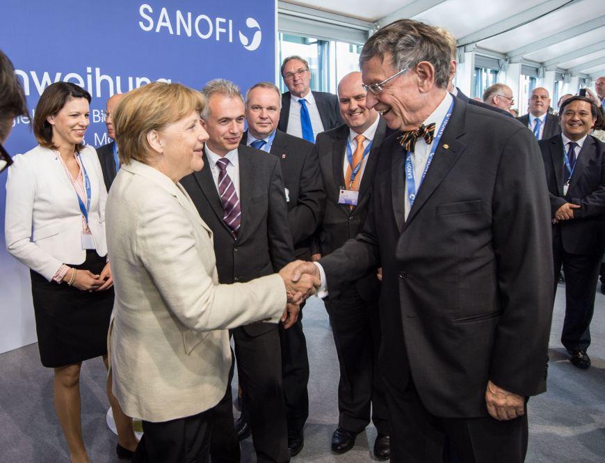 Merkel_Leikert_Sanofi3