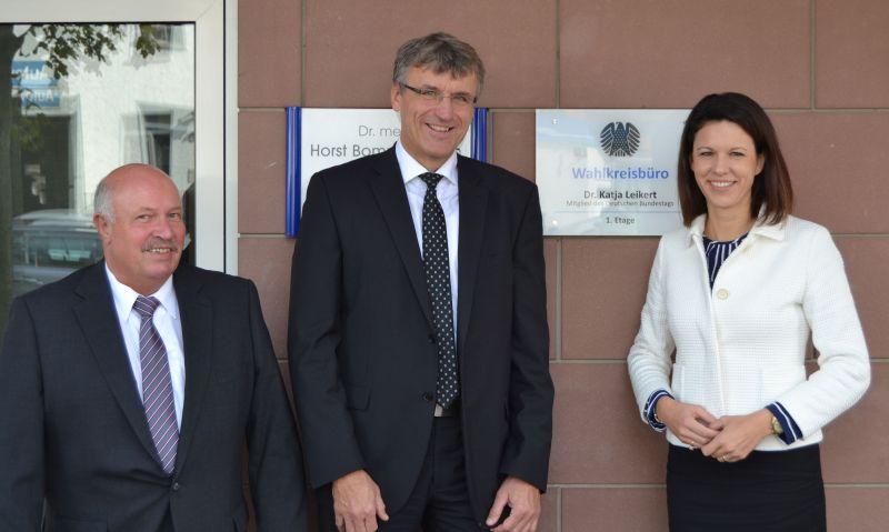 von links: Hans Ditzel, Rainer Greunke und Dr. Katja Leikert.