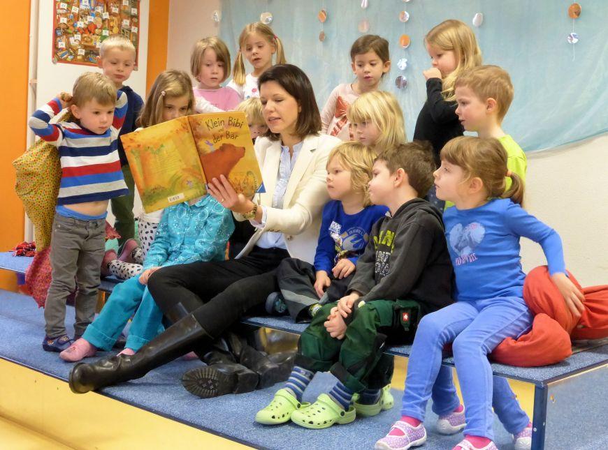 2015-11-20 Dr  Katja Leikert  - Vorlesetag
