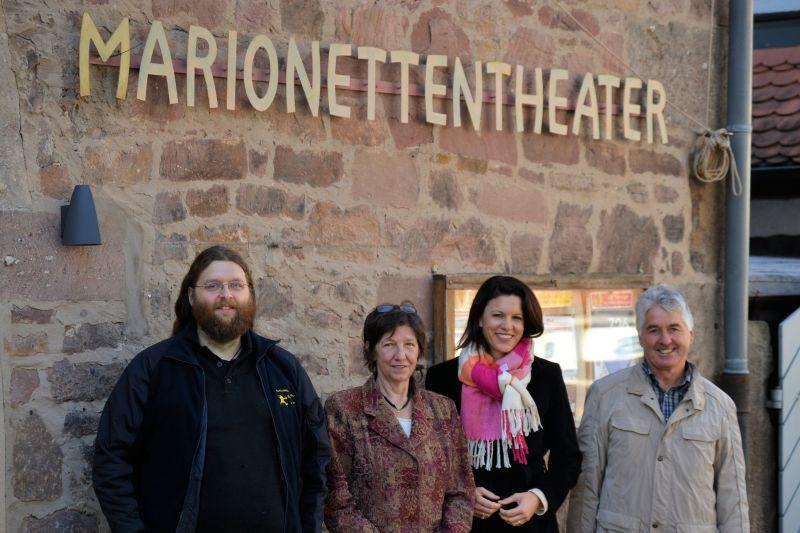 2015-12-02 Dr  Katja Leikert - Marionettentheater Steinau