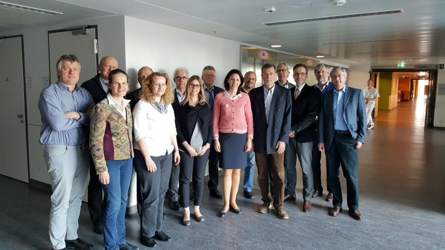 2016-05-02 Dr. Katja Leikert - Treffen Pädiater