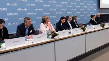 (c) CDU/CSU-Fraktion im Deutschen Bundestag