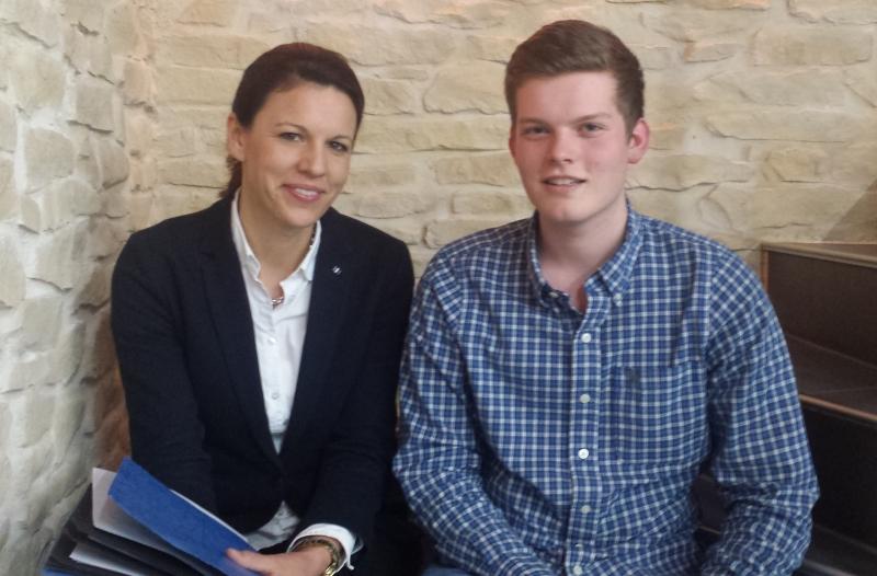 Dr. Katja Leikert und Robin Gerlach