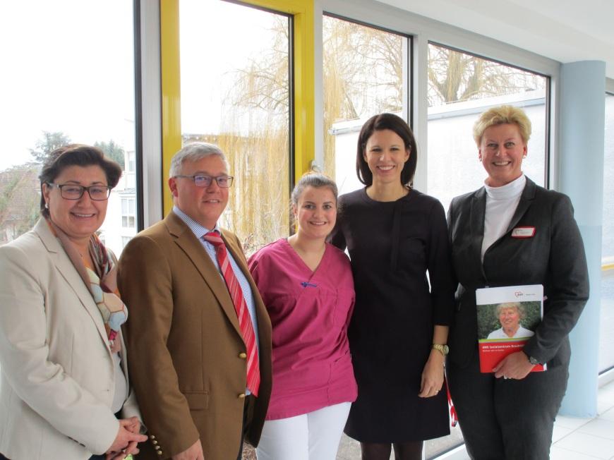 V.l.n.r.: Saadet Sen, Torsten Hammann, Linda Klein, Dr. Katja Leikert und Carmen Bube.